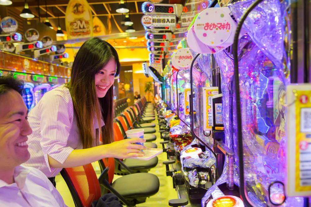【M'sニューポート ワゴンサービス募集】素敵な笑顔で接客できる方大歓迎!!