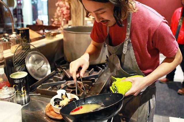 [正社員] ≪ついに沖縄上陸!キッチンスタッフ募集≫ ~北海道食材の美味しさを体感せよ!~