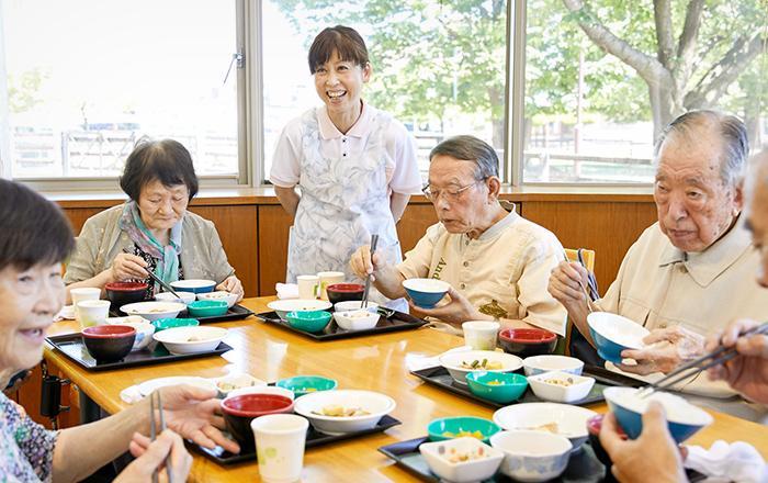 【介護者】 ≪「思いやりのこころ」/老人保健施設アウンが沖縄から人材募集開始≫