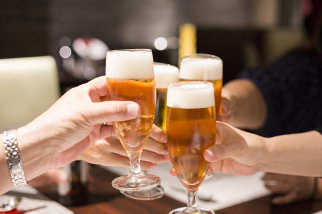 【沖縄の職場事情】会社の飲み会は行くべき?参加のマナーと上手に断る方法